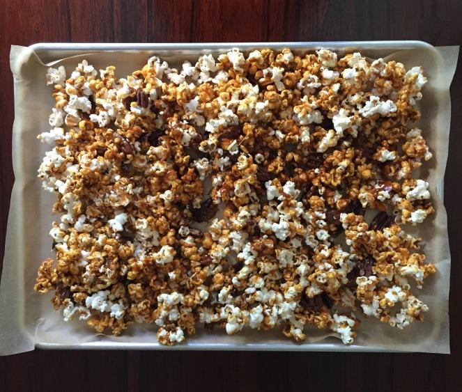 Popcorn tray